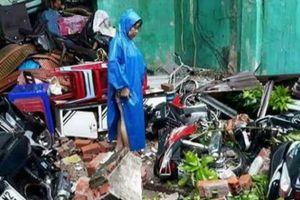 Cảnh tượng đổ nát, hoang tàn sau cơn bão lịch sử Damrey