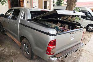 Công an Đắk Lắk bắt xe bán tải chở 100 kg pháo lậu