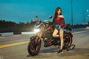 Chân dài Việt so dáng Yamaha FZ150i độ Kawasaki Z1000