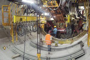 Robot 'khủng' TBM khoan được hơn 100m tuyến hầm metro thứ 2