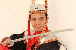 Dàn nghệ sĩ thử trang phục mới cho vở 'Đường gươm Nguyên Bá'
