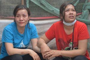 Tiểu thương chợ Quang sau vụ cháy thẫn thờ cứu tài sản