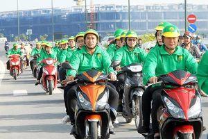 Thương vụ Grab 'thâu tóm' Uber: 'Ông lớn' taxi Việt đáp trả như thế nào?