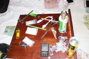 Thuê khách sạn để mua bán ma túy