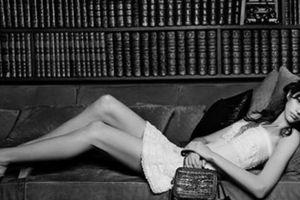 Chanel bị chỉ trích vì ảnh thiếu nữ thả dáng gợi cảm