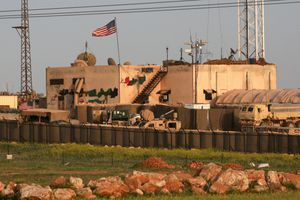 Lộ ảnh căn cứ quân sự mới của Mỹ ở Syria giữa lúc ông Trump đòi rút quân