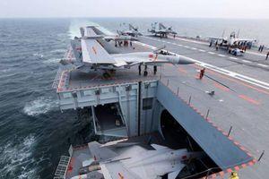 Chiến hạm Trung Quốc tập trận, Mỹ điều tàu sân bay đến Biển Đông