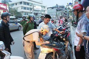Quảng Ninh xử lý gần 2.000 trường hợp vi phạm giao thông trong 3 ngày lễ