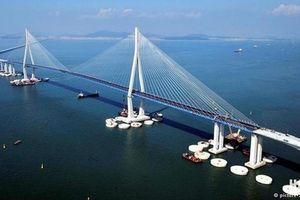 Nga khánh thành cầu Crimea vượt biển dài nhất châu Âu