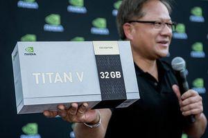 Nvidia ra mắt và tặng card đồ họa Titan V phiên bản đặc biệt CEO