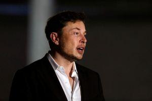 Elon Musk muốn đưa những cậu bé kẹt trong hang Thái Lan ra bằng tàu ngầm