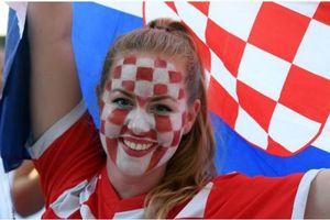 CĐV Croatia xuống đường ăn mừng chiến tích lịch sử