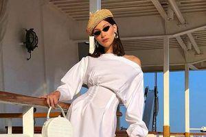 Mũ cói, món đồ không thể thiếu mùa đi biển
