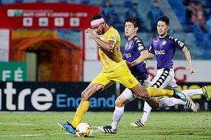 Vòng 19 V-League: Hà Nội bất ngờ hụt bước, HAGL cùng TP.HCM thăng hoa