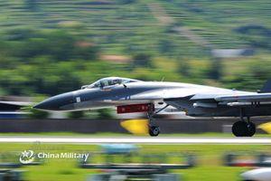 Chiến đấu cơ xương sống của Trung Quốc liệu có phải J-11?