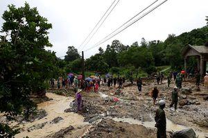 Lũ ống kinh hoàng ở Thanh Hóa: Cả nhà và người biến mất chỉ trong nháy mắt!