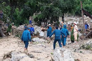 Thanh Hóa: Lũ quét trong đêm, 4 người trong gia đình chết và mất tích