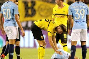 Guardiola 'phát điên' khi cầu thủ Dortmund 'chém đinh chặt sắt'
