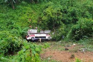 Cao Bằng: Xe khách lao xuống vực, 4 người chết và hơn 10 người bị thương