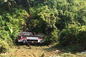 Điều tra vụ xe khách giường nằm lao xuống vực làm 4 người tử vong tại Cao Bằng