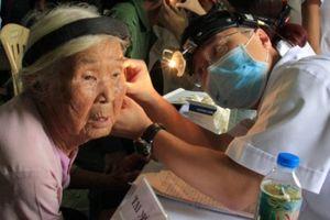 Đoàn Thanh niên Bộ Y tế tổ chức khám chữa bệnh cho bà con khó khăn tại Hà Tĩnh