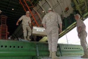 44 tấn hàng cứu trợ từ Pháp được gửi tới Khmeimim