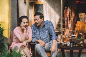Vợ chồng NSND Lan Hương – Đỗ Kỷ hé lộ về bùa yêu thời 'cha mẹ anh'