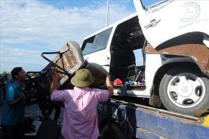 Hiện trường vụ tai nạn thảm khốc làm 13 người chết tại Quảng Nam