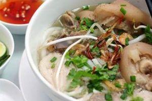 Những quán bánh canh giò heo ngon bậc nhất Sài Gòn