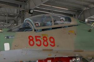 Trầm trồ buồng lái tiêm kích Su-30MK2 của Việt Nam