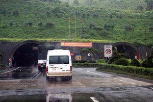 Hầm đường bộ Hải Vân đóng cửa 30 phút vào buổi trưa để thi công