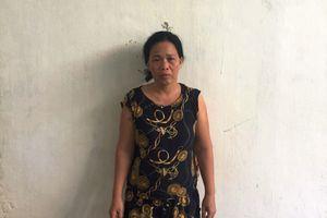 Khởi tố người vợ dùng áo sơ mi siết cổ chồng đến chết
