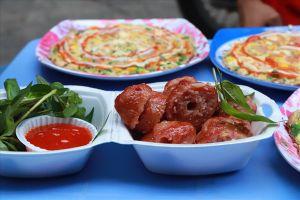 4 món ăn vặt nhất định phải thử ở chợ Hồ Thị Kỷ