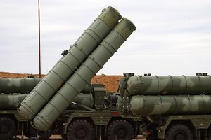 Trung Quốc tiếp nhận những tên lửa S-400 đình đám đầu tiên của Nga