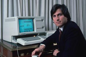 Tại sao Steve Jobs nói dối con gái về nguồn gốc tên gọi của thế hệ máy tính Apple Lisa?