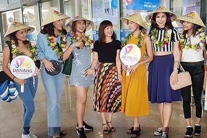 Sân bay Đà Nẵng 'nóng rực' với sự xuất hiện của các Hoa hậu Thế giới!