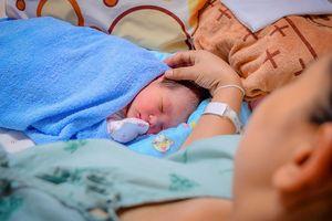 Sinh mổ không gây mê:Trải nghiệm kinh hoàng của một sản phụ khiến các mẹ rùng mình