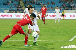 U23 Việt Nam thắng liền 2 trận, HLV Park Hang Seo càng thêm đau đầu