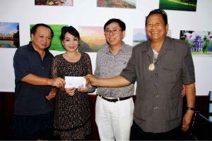Báo Tiền Phong tiếp tục giúp đỡ đồng bào bị nạn ở Lào