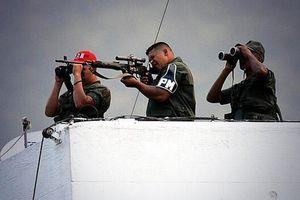 Khoảnh khắc máy bay bị nghi ám sát Maduro nổ tung giữa không trung