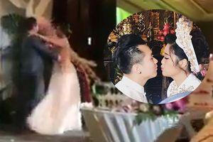 Con gái NSND Hồng Vân khiêu vũ tình tứ ngọt ngào với chồng trong lễ cưới