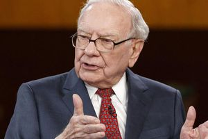 Bí quyết chọn người của Warren Buffett: Gói gọn trong hai chữ đơn giản nhưng lại thấm đến từng từ