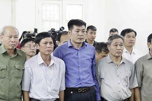 Xét xử vụ vi phạm quản lý đất ở Đồng Tâm: 9 bị cáo được giảm án