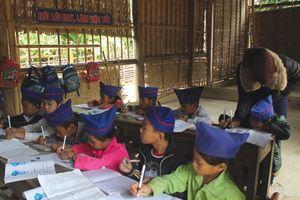 Miễn học phí cho học sinh THCS: Một tín hiệu vui
