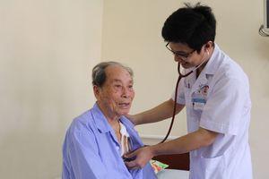 Cứu sống cụ ông 90 tuổi nhờ tạo nhịp 2 tim buồng ở Quảng Ninh