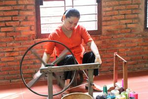Giao lưu trưng bày sản phẩm tơ lụa - thổ cẩm truyền thống 2018