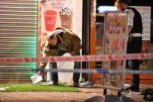 3 người bị thương trong vụ nổ súng tại Kingsbury, Anh