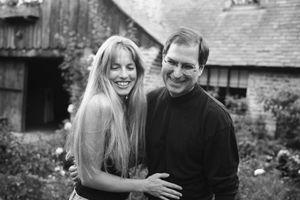 Vợ mới của Steve Jobs lần đầu cởi mở về mối quan hệ lạnh nhạt giữa chồng và con gái của vợ cũ