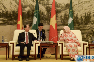 Chủ tịch nước thăm trụ sở Liên minh châu Phi
