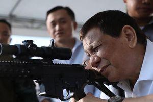 Thư hòa giải của 3 bộ trưởng Mỹ càng làm ông Duterte thêm giận